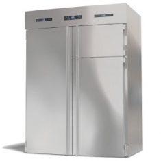 MAXICOMBI - El TOP de la maquinaria. Unifica en un único módulo tres equipamientos frigoríficos diferentes, con un gran diseño y extrema robustez.