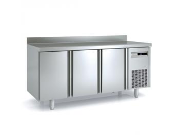 Mesas refrigeradas, el complemento perfecto para la pastelería